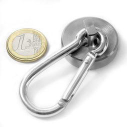 Pot magnet with carabiner